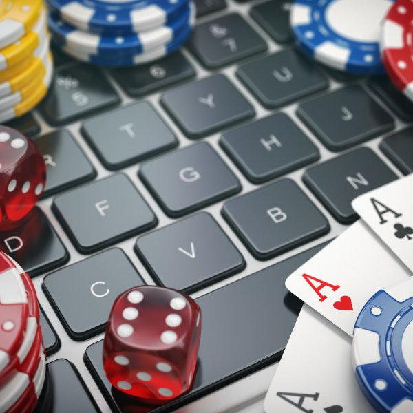 How to make money gambling online?