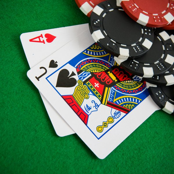 How to win online blackjack? Best strategies